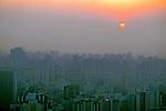 Poluição do ar no centro de São Paulo. 1994. Foto de Juca Martins.