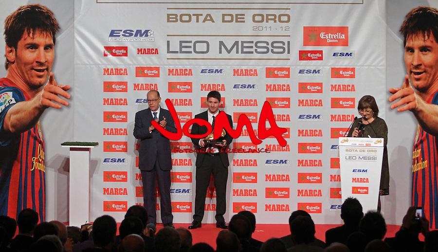 29.10.2012 Barcelona, Spain. Leo Messi receipt golden shoe award