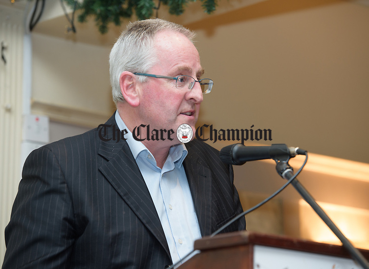Willie Halpin who proposed Joe Carey, TD, speaking at the Clare Fine Gael selection convention in the Auburn Lodge hotel, Enis. Photograph by John Kelly.
