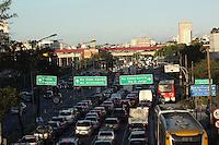 São Paulo, SP , 22.09.2014 - TRÂNSITO SAO PAULO - RADIAL LESTE - Transito na Avenida Melo Freire (Radial Leste),sentido bairro próximo ao Metro Carrão, zona leste de São Paulo na tarde desta segunda feira. (Foto: Marcos Moraes / Brazil Photo Press).