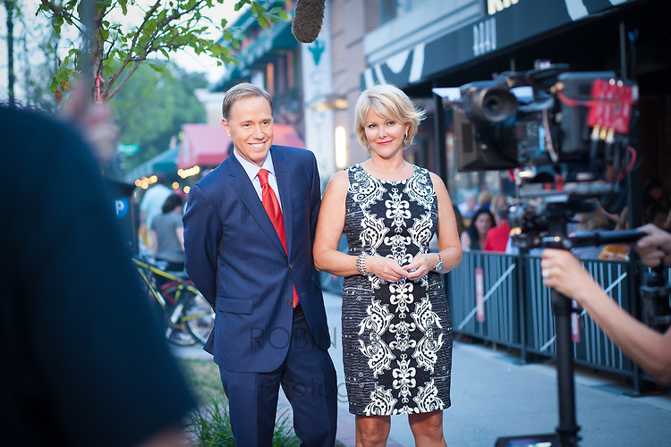 Behind-the-scenes with Wendy Rieger & Jim Handly while shooting a TV promotion spot for News4.