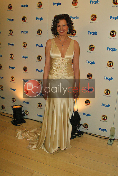 Geena Davis<br /> At the Entertainment Tonight Emmy Party Sponsored by People Magazine, The Mondrian Hotel, West Hollywood, CA 09-18-05<br /> Jason Kirk/DailyCeleb.com 818-249-4998