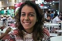 SÃO PAULO, SP. 05.02.2015 - CAMPUS PARTY CAMPUS PARTY 2015/ MULHERES CAMPUSEIRAS/ MOVIMENTAÇÃO/ BELAS – A beleza das mulheres durante a Campus Party 2015 marca presença neste terceiro dia do evento que acontece no Centro de exposições São Paulo, na tarde desta quinta-feira(5), na zona sul de São Paulo. (Foto: Taba Benedicto / Brasil Photo Press)
