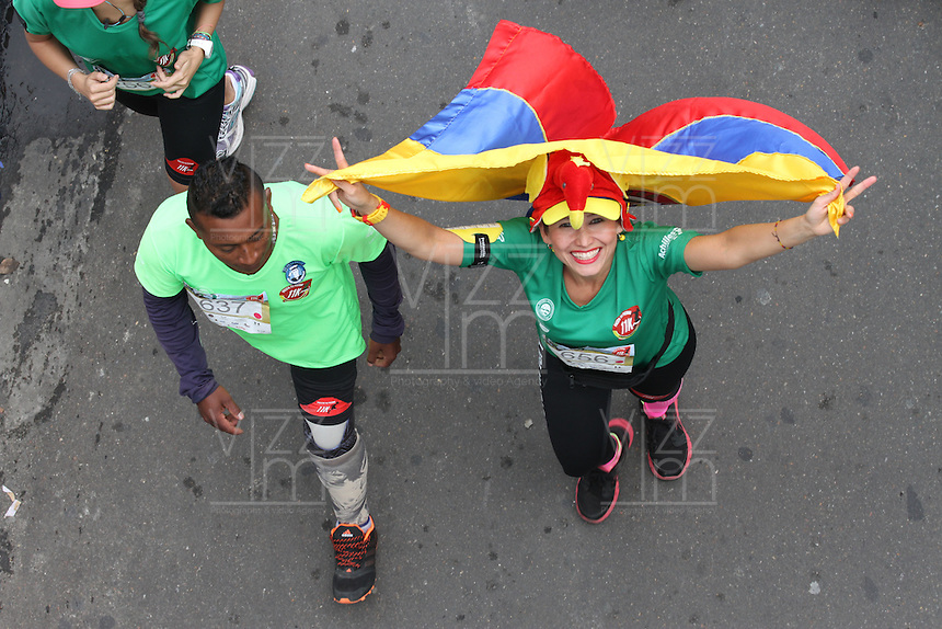 BOGOTA -COLOMBIA , 3- ABRIL-2016. Carrera atlética 10k presta tu pierna /   10k athletic career lends your leg . Photo: VizzorImage / Felipe Caicedo / Staff