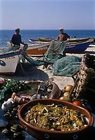 Europe/Portugal/Env de Coimbra/Buarcos: Caldeirada, ragout de poissons et  palourdes