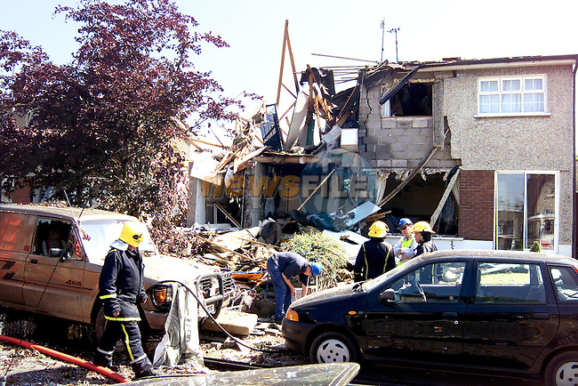 The scene of the explosion on a house in the Cherrybrook Drive estate of Drogheda..Picture: Paul Mohan/Newsfile..NO BYLINE PLEASE