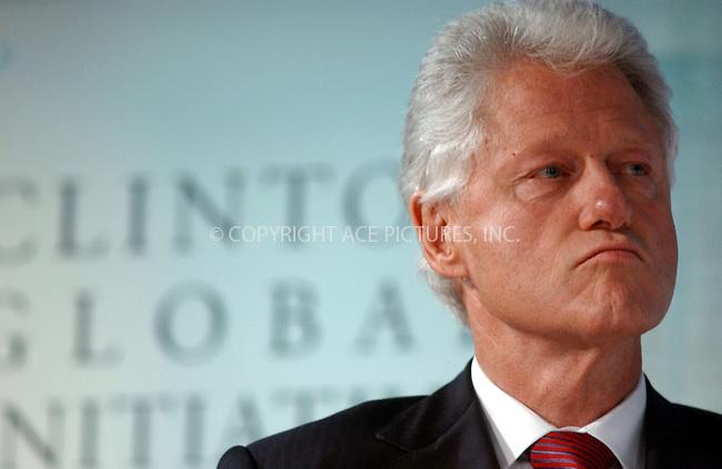 WWW.ACEPIXS.COM . . . . . ....September 20, 2006, New York City. ....Bill Clinton attends the Clinton Global Initiative annual meeting.....Please byline: KRISTIN CALLAHAN - ACEPIXS.COM.. . . . . . ..Ace Pictures, Inc:  ..(212) 243-8787 or (646) 769 0430..e-mail: info@acepixs.com..web: http://www.acepixs.com