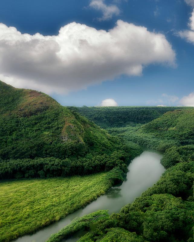 Wailua River and ridges of Maunakapu Mountain. Kauai, Hawaii