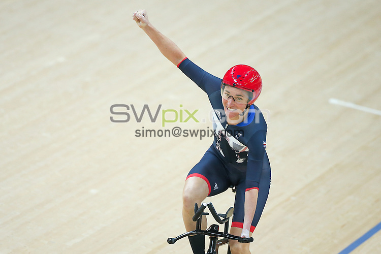 Picture by Alex Whitehead/SWpix.com - 07/09/2016 - 2016 Rio Paralympic Games - Track Cycling - Olympic Aquatics Centre, Rio de Janeiro, Brazil - Great Britain's Dame Sarah Storey wins Gold in the Women's C5 3000m Individual Pursuit Final.