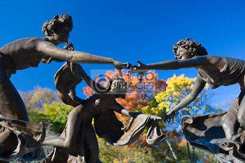 UNTERMYER FOUNTAIN CONSERVATORY GARDEN CENTRAL PARK MANHATTAN NEW YORK CITY USA