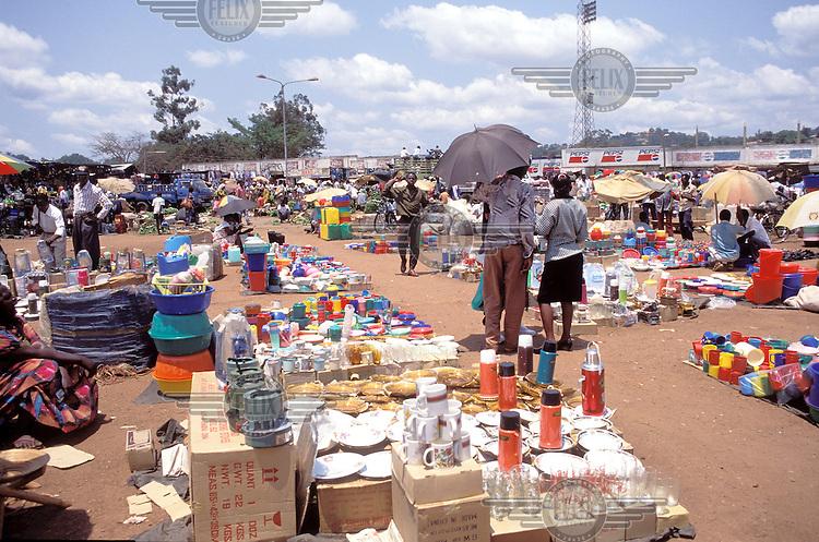 ©Crispin Hughes/Panos Pictures..Uganda, Kampala. Market.