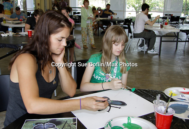 Kelly Thiebaud - General Hospital paints with at 15th Soapfest 2014 painting party on May 24, 2104 gathered together to do paintings with guests and the proceeds went to charity - The weekend of events is held on Marco Island, Florida.  (Photo by Sue Coflin/Max Photos)