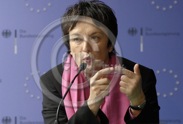 Brussels-Belgium - 04 December 2006---European Ministers in charge of Justice meet in the margins of the EU-Council on Justice and Home Affairs, first day; here, Brigitte ZYPRIES, Federal Minister for Justice of Germany, during her press conference---Photo: Horst Wagner/eup-images