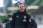 01.12.2019, Volkswagen Arena, Wolfsburg, GER, 1.FBL, VfL Wolfsburg vs SV Werder Bremen<br /> <br /> DFL REGULATIONS PROHIBIT ANY USE OF PHOTOGRAPHS AS IMAGE SEQUENCES AND/OR QUASI-VIDEO.<br /> <br /> im Bild / picture shows<br /> Florian Kohfeldt (Trainer SV Werder Bremen), <br /> <br /> Foto © nordphoto / Ewert