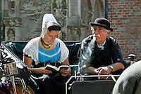 Middelburg: Folkloristische dag. Ringrijden  ( ringsteken)  in klederdracht