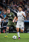 Marco Asensio Willemsen (r) of Real Madrid in action during the 2016-17 UEFA Champions League match between Real Madrid and Legia Warszawa at the Santiago Bernabeu Stadium on 18 October 2016 in Madrid, Spain. Photo by Diego Gonzalez Souto / Power Sport Images