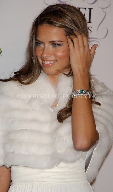 WWW.ACEPIXS.COM . . . . .  ....NEW YORK, MARCH 3, 2006....Adriana Lima at the New York's The Fragrance Foundation Presents 34th Annual FIFI Awards. ......Please byline: AJ Sokalner - ACEPIXS.COM.... *** ***..Ace Pictures, Inc:  ..Philip Vaughan (212) 243-8787 or (646) 769 0430..e-mail: info@acepixs.com..web: http://www.acepixs.com