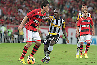 RIO DE JANEIRO; RJ; 28 DE JULHO 2013 -  González do Flamengo durante partida contra o Botafogo jogo pela nona rodada do Campeonato Brasileiro no Estádio do Maracanã neste domingo, 28. (Foto. Néstor J. Beremblum / Brazil Photo Press).