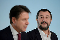 Rom, 20 Ottobre 2018<br /> Giuseppe Conte,Matteo Salvini.<br /> Palazzo Chigi<br /> Conferenza stampa al termine del Consiglio dei ministri sul Def