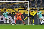 05.11.2019, Signal Iduna Park, Dortmund, GER, CL, Borussia Dortmund vs Inter Mailand<br /> , DFL regulations prohibit any use of photographs as image sequences and/or quasi-video <br /> <br /> im Bild Achraf Hakimi Mouh(#5, Borussia Dortmund) macht das Tor zum 1:2<br /> <br /> Foto © nordphoto/Mauelshagen