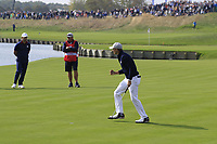 Jordan Spieth Team USA putts to win the match on the 18th green during Friday's Fourball Matches at the 2018 Ryder Cup, Le Golf National, Iles-de-France, France. 28/09/2018.<br /> Picture Eoin Clarke / Golffile.ie<br /> <br /> All photo usage must carry mandatory copyright credit (© Golffile | Eoin Clarke)