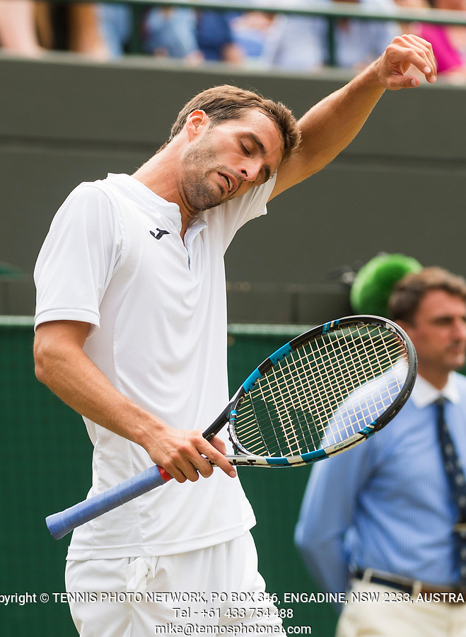 ALBERT RAMOS-VINOLAS (ESP)<br /> <br /> TENNIS - THE CHAMPIONSHIPS - WIMBLEDON- ALL ENGLAND LAWN TENNIS AND CROQUET CLUB - ATP - WTA -ITF - WIMBLEDON-SW19, LONDON, GREAT  BRITAIN- 2017  <br /> <br /> <br /> &copy; TENNIS PHOTO NETWORK