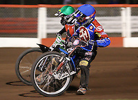 Heat 14: Ricky Kling (blue) and Barrie Evans (green) - Lakeside Hammers vs Belle Vue Aces at The Arena Essex Raceway, Lakeside - 10/09/08 - MANDATORY CREDIT: Rob Newell/TGSPHOTO