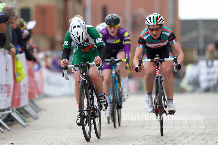 Pix: Shaun Flannery/shaunflanneryphotography.com<br /> <br /> COPYRIGHT PICTURE&gt;&gt;SHAUN FLANNERY&gt;01302-570814&gt;&gt;07778315553&gt;&gt;<br /> <br /> 31st May 2015<br /> Doncaster Cycle Festival 2015<br /> Women's 2/3/4 <br /> Sponsored by HS Harbon and Sons Ltd