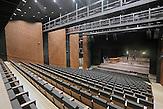 """Das böhmische Pilsen ist 2015 neben dem belgischen Mons, die Kulturhauptstadt Europas. Die Stadt des Biers wandelt sich zur europäischen Kulturhauptstadt. <br /> Bild: Das neue Theater """"Nové divadlo"""" wurde 2014 eröffnet und bietet zwei Bühnen."""