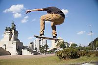 SÃO PAULO, SP - 21.09.2013 - VIRADA ESPORTIVA 2013 SÃO PAULO - Movimentação durante o primeiro dia da virada esportiva, no Parque da Independência, a Virada Esportiva 2013 tem início neste sábado (21) e termina as 18hs desse domingo (22). (Foto: Marcelo Brammer/Brazil Photo Press)
