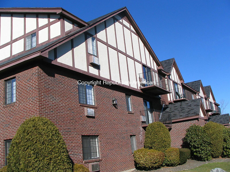 Waterbury, CT - 30 Dec. 2008 - 123008AL01 - River's Edge Apartment Homes on Sharon Road has been sold to a White Plains, N.Y. company for $10.6 million.