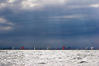 -  - VALENCIA LOUIS VUITTON ACT13 - DAY 5 - FLEET RACE 6 & 7 - 2007 abr 07