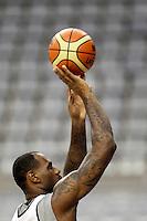 BARCELONA, ESPANHA, 23 JULHO 2012 - TREINO SELECAO AMERICANA DE BASQUETE - LeBron James durante sessao de treino da selecao norte americana de basquete em Barcelona na Espanha, nesta segunda-feira. A equipe se prepara para a estreia nas Olimpiadas 2012. (FOTO: ALFAQUI / BRAZIL PHOTO PRESS).