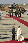 Israel's President Shimon Peres with Pope Francis at the Welcoming Ceremony in Ben Gurion Airport