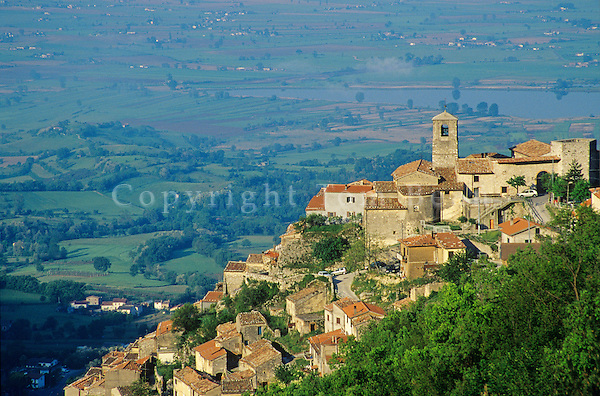 Town of Poggio Bustone on a hillside high above the Rieti Valley, Lazio, Italy, AGPix_0105.