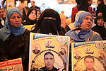Palestinians take part in a protest to show solidarity with Palestinian prisoners held in Israeli jails, in front of Red cross office in Gaza city on March 19, 2018. Photo by Mahmoud Ajour