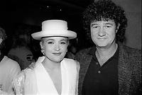 Marie-Denise Pelletier<br /> lance l'album Reveur, en 1991<br /> (date exacte inconnue)<br /> <br /> A droite : Robert Charlebois<br /> <br /> PHOTO : Agence Quebec Presse