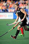 The Hague, Netherlands, June 01: Steven Edwards #31 of New Zealand in action during the field hockey group match (Men - Group B) between the Black Sticks of New Zealand and Korea on June 1, 2014 during the World Cup 2014 at GreenFields Stadium in The Hague, Netherlands. Final score 2:1 (1:0) (Photo by Dirk Markgraf / www.265-images.com) *** Local caption ***