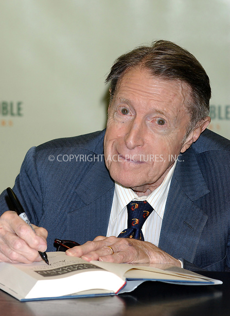 WWW.ACEPIXS.COM . . . . . ....NEW YORK, JULY 12, 2005....Former Secretary of Defense Caspar Weinberger signs copies of his new book 'Chain of Command' at the Rockefeller Center Barnes and Noble.....Please byline: KRISTIN CALLAHAN - ACE PICTURES.. . . . . . ..Ace Pictures, Inc:  ..Craig Ashby (212) 243-8787..e-mail: picturedesk@acepixs.com..web: http://www.acepixs.com