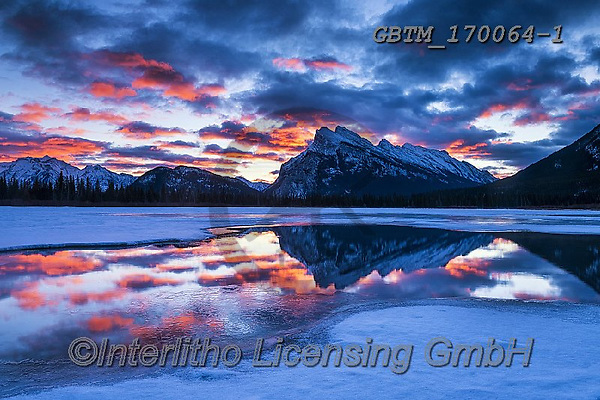 Tom Mackie, CHRISTMAS LANDSCAPES, WEIHNACHTEN WINTERLANDSCHAFTEN, NAVIDAD PAISAJES DE INVIERNO, photos,+Alberta, Banff National Park, Canada, Canadian, Canadian Rockies, North America, Tom Mackie, USA, Vermillion Lakes, blue, col+d, dramatic outdoors, freeze, freezing, frozen, holiday destination, horizontal, horizontals, lake, lakes, landscape, landsca+pes, mountain, mountainous, mountains, national park, red, reflect, reflecting, reflection, reflections, season, snow, snow-c+overed, sunrise, sunset, time of day, tourist attraction, travel, weather, white, winter, w,Alberta, Banff National Park, Can+,GBTM170064-1,#xl#