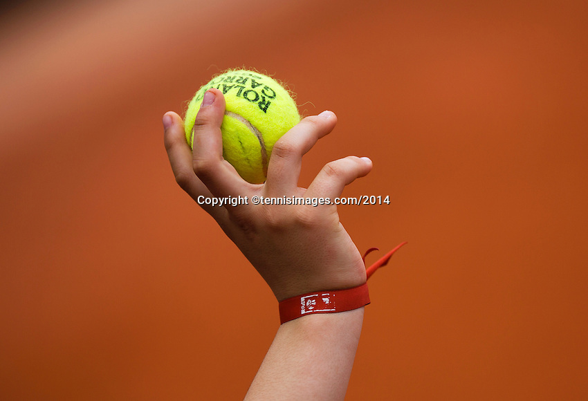 France, Paris, 28.05.2014. Tennis, French Open, Roland Garros, tennisball<br /> Photo:Tennisimages/Henk Koster