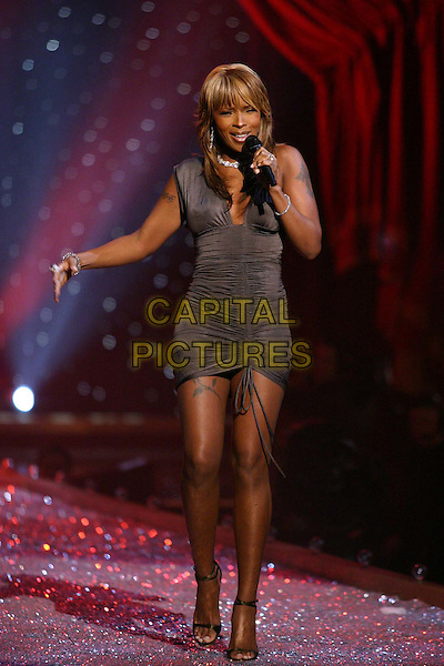 MARY J. BLIGE.9th Annual Victoria's Secret Fashion Show Inside.Lexington Avenue Armory.catwalk, performing, ruched, tattoos, full length, full-length, singing, music.www.capitalpictures.com.sales@capitalpictures.com.©Capital Pictures