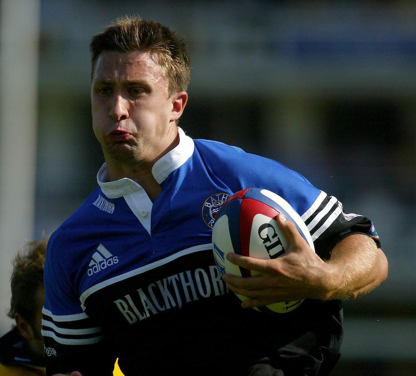 Photo : Garvin Davies.Bath Rugby v London Wasps, The Recreation Ground. Zurich Premiership, 14-09-2002.Simon Danielli..