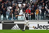 5th November 2017, Allianz Stadium, Turin, Italy; Serie A football, Juventus versus Benevento; Gonzalo Higuain celebrates after scoring his goal