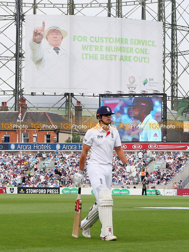 England captain Alastair Cook walks off after losing his wicket - England vs Australia - 3rd day of the 5th Investec Ashes Test match at The Kia Oval, London - 23/08/13 - MANDATORY CREDIT: Rob Newell/TGSPHOTO - Self billing applies where appropriate - 0845 094 6026 - contact@tgsphoto.co.uk - NO UNPAID USE