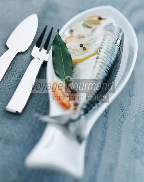Cuisine/Gastronomie: Maquereau ou lisette au vin blanc