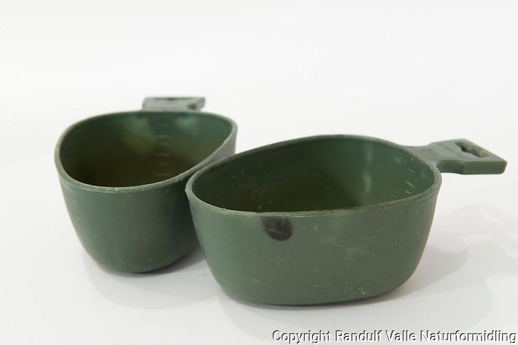 Turkopp i plast. ----- Plastic cup.
