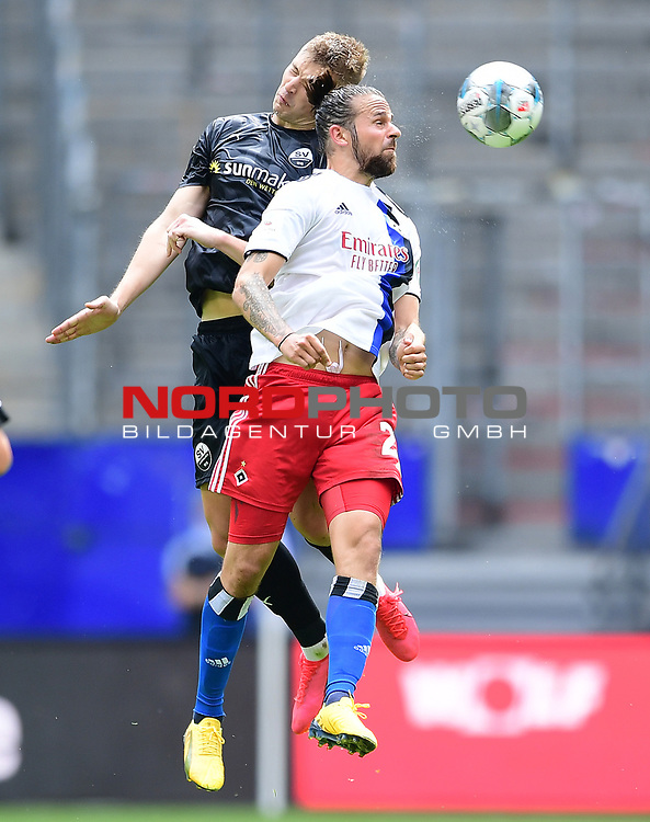 v.l. Aleksandr Zhirov, Martin Harnik (HSV)<br />