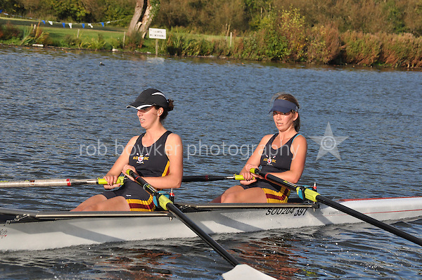 391 SOU .Reading Rowing Club Small Boats Head 2011. Tilehurst to Caversham 3,300m downstream. Sunday 16.10.2011