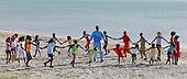 Jornadas Complementarias Deportivas Superate en la I.E. Kamusuchiwou de el Cabo de la Vela,  Uribia,  Guajira, el 9 de diciembre 2013.<br /> Foto: Superate, Coldeportes/Archivolatino<br /> <br /> COPYRIGHT: Superate, Coldeportes. <br /> Prohibida su venta y su uso comercial.